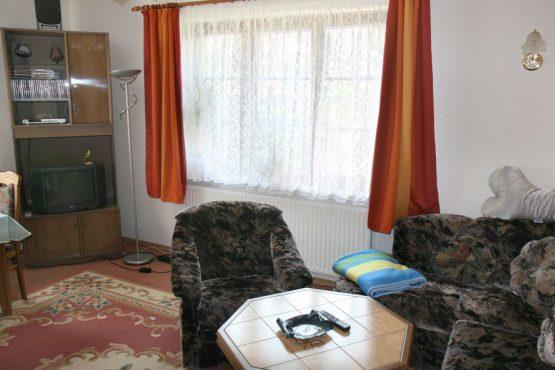 03-wohnzimmer